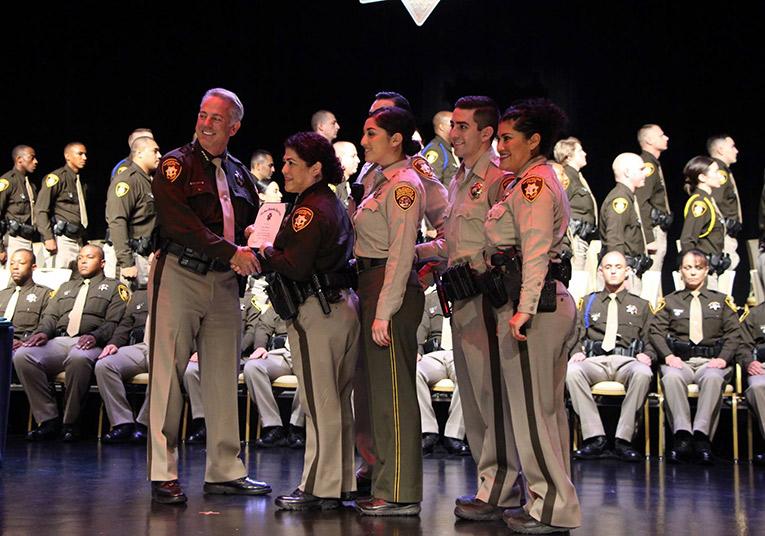 lmvpd-academy-prison-guard-graduates-16